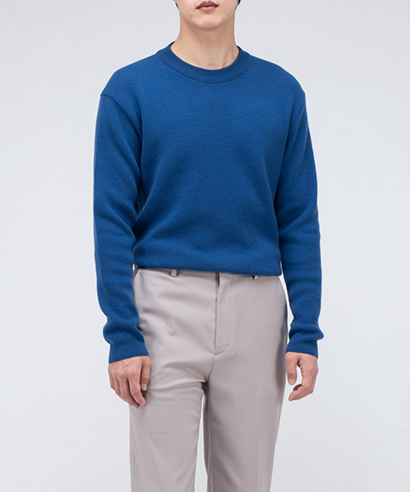 PREMIUM SOFT WOOL MINIMAL SWEATER [BLUE]