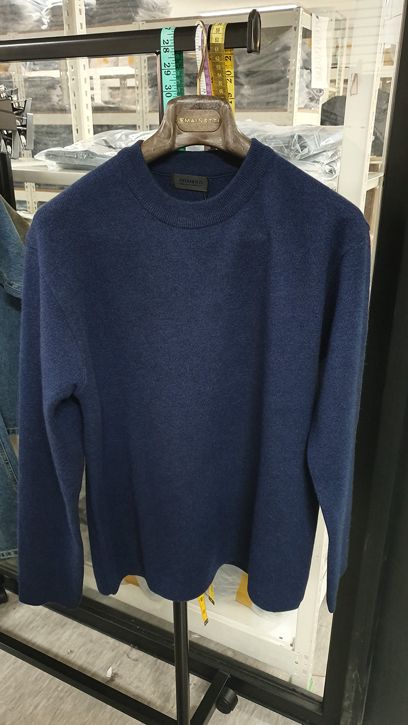 MERDIAN SOFT WOOL MINIMAL SWEATER [DARK BLUE]