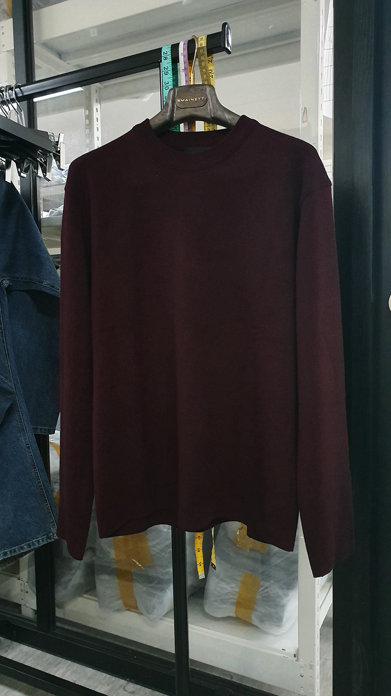 MERDIAN SOFT WOOL MINIMAL SWEATER [WINE]