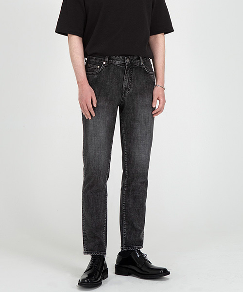 1981 BLACK STANDARD3 JEANS [CROP SLIM]